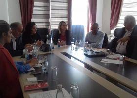 """BSPK në bashkëpunim me FES dhe KAMA, mbajti në Prizren tryezën më temën: """"Dialogu social në nivel lokal në interes të zhvillimit të industrisë së tekstilit""""."""